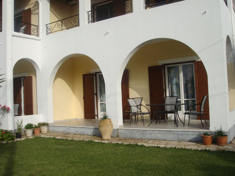 006 Terrace of Apartment in Villa Eleftheria accommodation in corfu