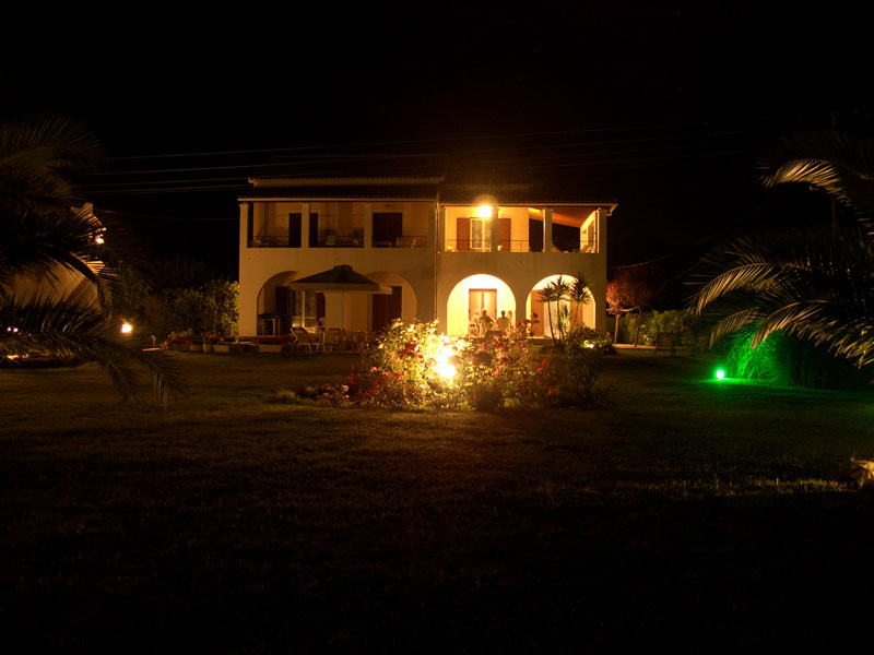 002 Villa Eleftheria by night accommodation in corfu
