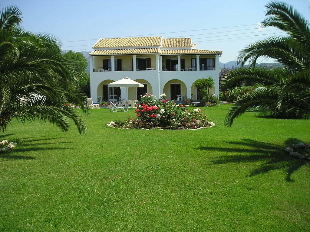 0001 Villa Eleftheria Garden accommodation in corfu
