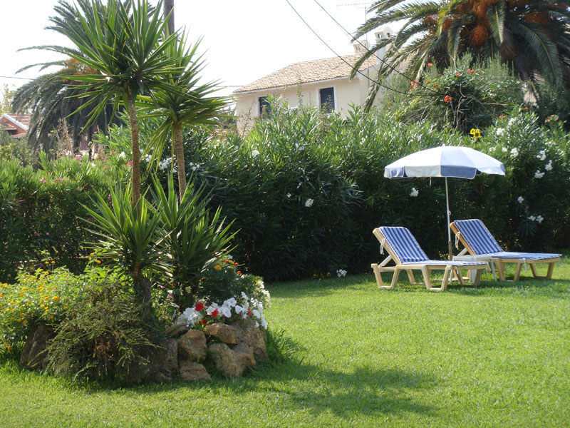 010 Villa Eleftheria Garden accommodation in corfu