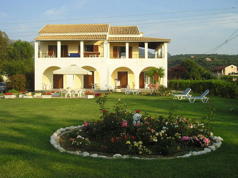 028 Villa Eleftheria Garden accommodation in corfu