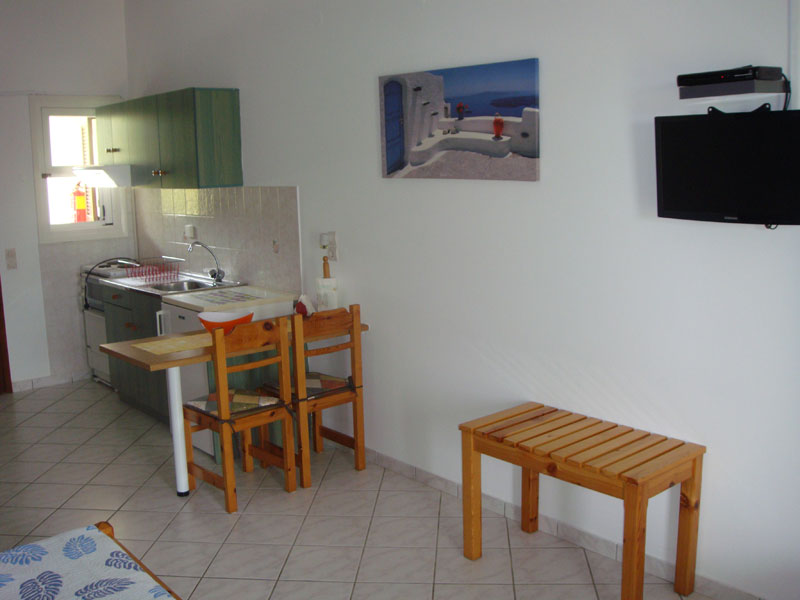 015 Studio in Villa Eleftheria accommodation in corfu