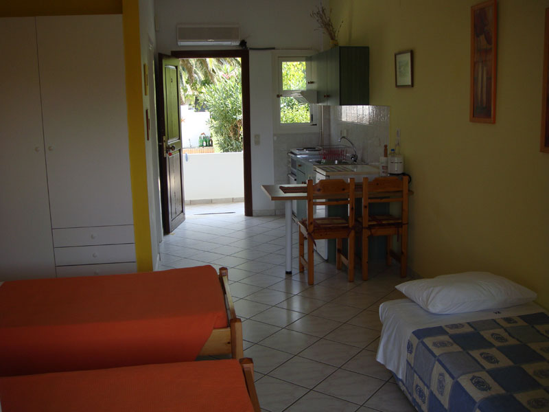 027 3beds setup Studio in Villa Eleftheria accommodation in corfu